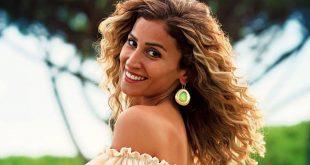 دينا الشربيني تحتفل بنجاح مسلسلها على طريقة عمرو دياب!